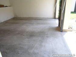 Garagenboden im angeschliffenen Zustand